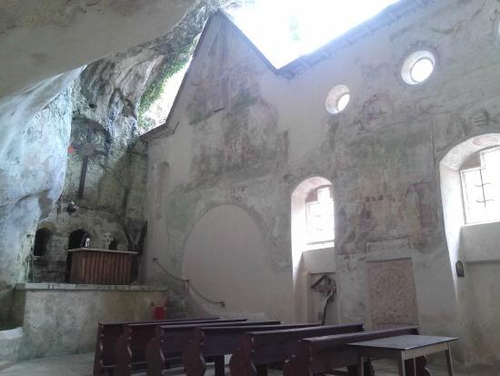 Monolithic Church: Felsenkirche