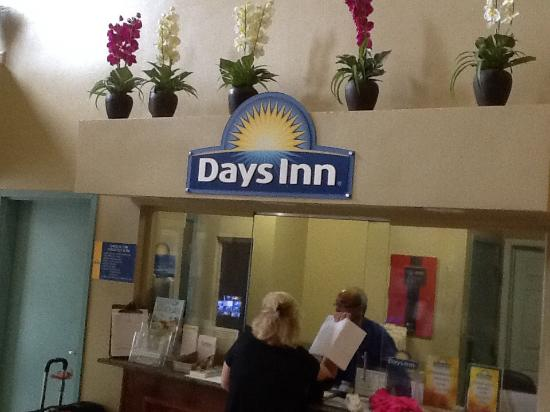 Days Inn Downtown St. Louis : Recepção
