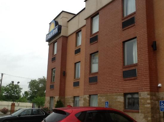 Days Inn Downtown St. Louis : Fachada