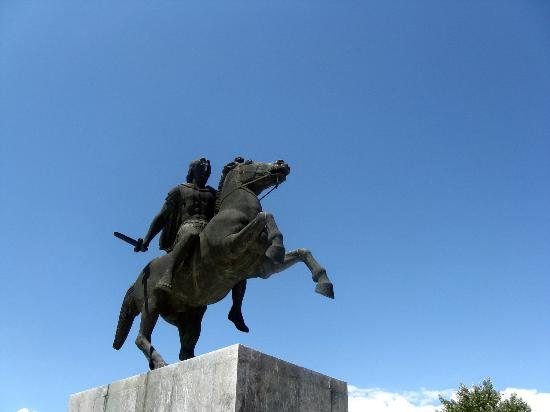 ‪Monument of Alexander The Great‬