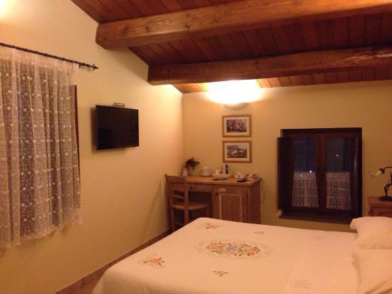 Camera da letto pulita e ben arredata - Foto di Agriturismo B&B ...