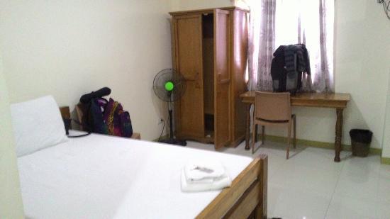 HEM Apartelle: Clean & neat rooms