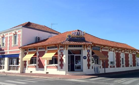 Hotel Orange Marine