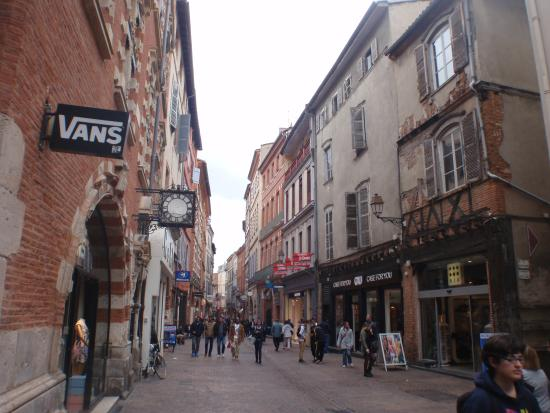 rue cot capitole photo de rue de rome toulouse tripadvisor. Black Bedroom Furniture Sets. Home Design Ideas
