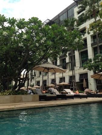 Siam Kempinski Hotel Bangkok: Piscine de l'hôtel