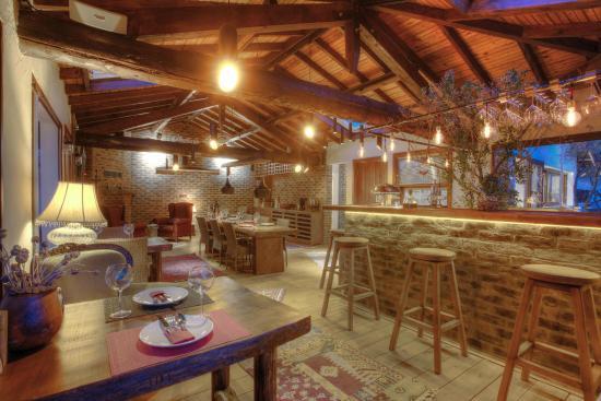Ephesus Lodge : The CAVE Restaurant