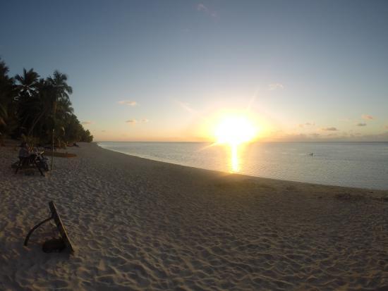 Matriki Beach Huts: Sunset