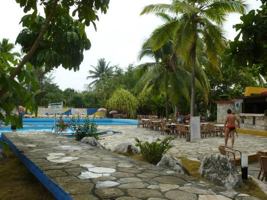 Islazul Villa El Bosque: The pool area