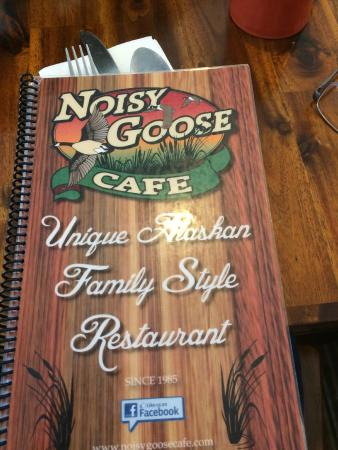 Noisy Goose Cafe : No mistaking this place