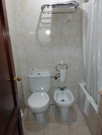 Hotel Dos Anjos : Baño
