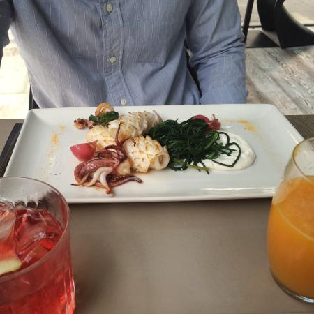 Cafe Trussardi : Best lunch in Milan and conveniently located near the Scala Opera Theatre and the Duomo