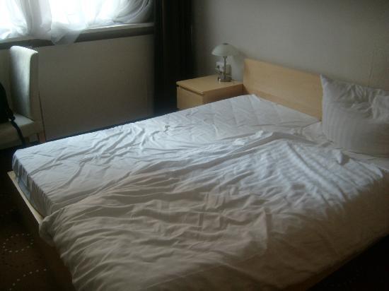 Novum Hotel Lichtburg am Kurfuerstendamm : Bett