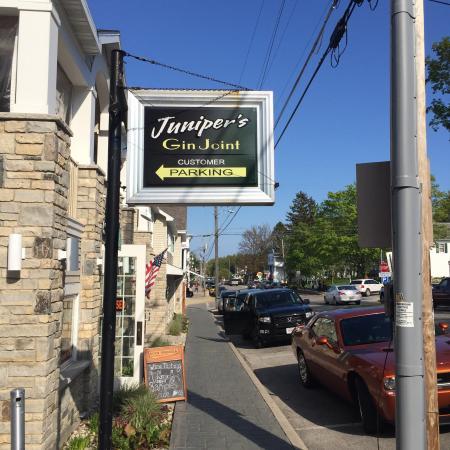 Juniper 39 S Gin Joint Fish Creek Restaurant Reviews