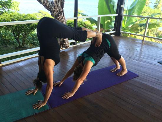 Daku Resort: Our yogasana practice on last day in shala