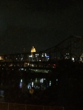Hampton Inn Cincinnati Riverfront (Downtown Area): photo1.jpg
