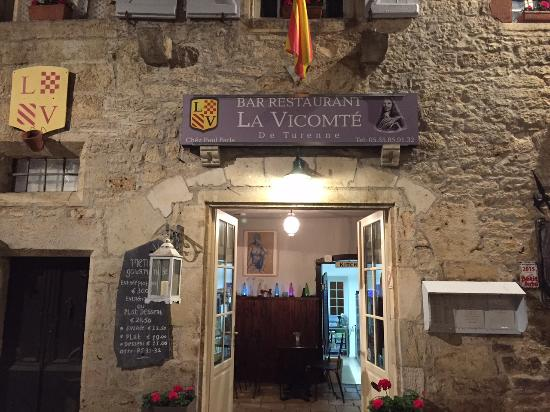 La Vicomte: Warm and inviting!