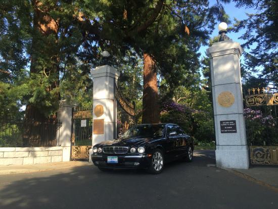 Nanaimo, Canadá: Arrive in Style in luxury Jaguar sedans