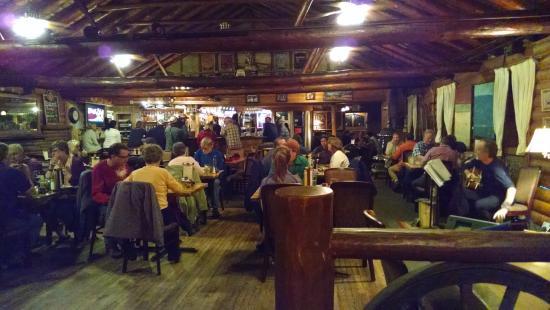 Rock Inn Mountain Tavern : The dining room