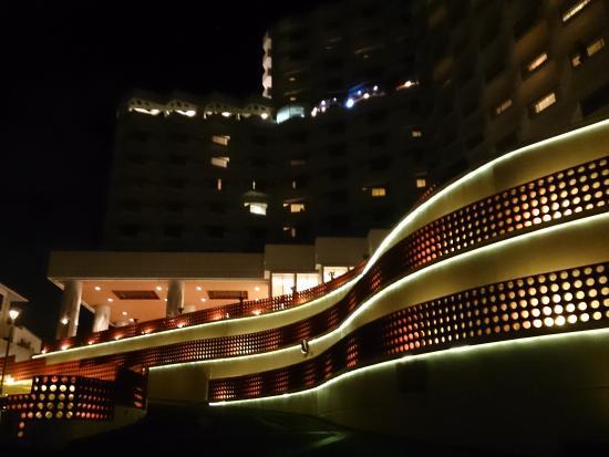 Okinawa Grand Mer Resort 夜景的圖片搜尋結果