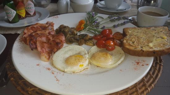 Langebaan, Zuid-Afrika: Nice breakfast served by amazing staff