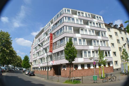 Kempe Komfort Hotel Dusseldorf Reviews Photos Rate Comparison Tripadvisor