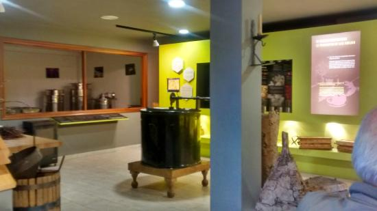 Urretxu, Spanien: Interior del museo Aikur