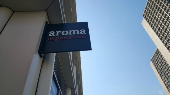 Aroma Espresso Bar : sign