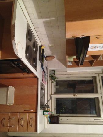Rosemary Hostel: kitchen