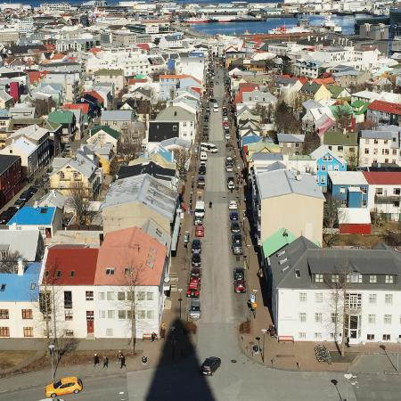 Reykjavik Residence Hotel: View from the Hallgrímskirkja church which is a 5-minute walk from the hotel