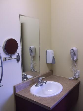 Hotel Citadelle: Séchoir à cheveux chambre 20
