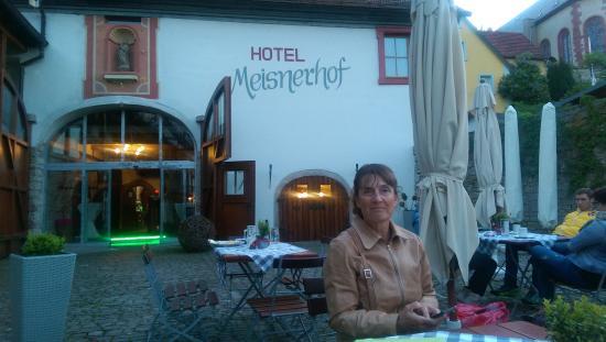 Hotel Meisnerhof: Middag i gården