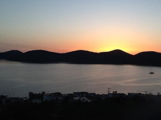 Elounda Heights: Sunrise from our balcony