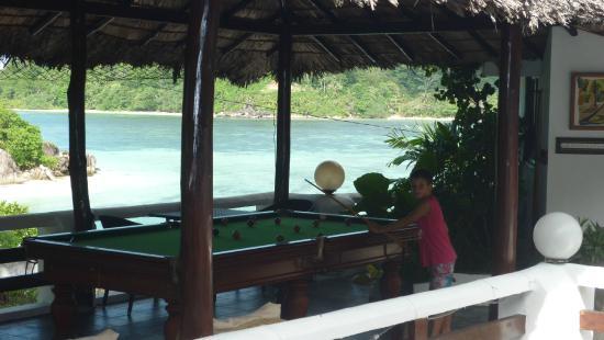 Eden's Holiday Villas: biliard