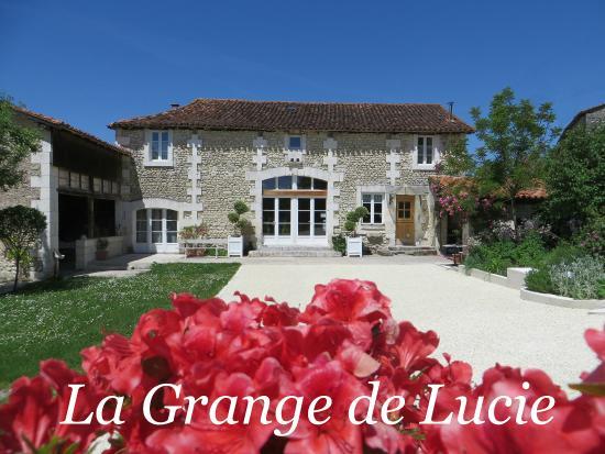 La Grange de Lucie - Chambres d'hotes en Perigord: La Grange de Lucie Chambres d'hôtes en Périgord Dordogne