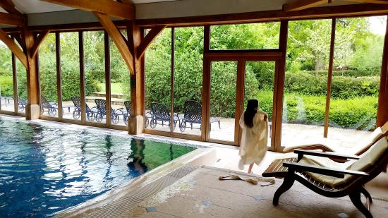 Going to the restaurant picture of luton hoo hotel golf and spa luton tripadvisor for Hotels in luton with swimming pool