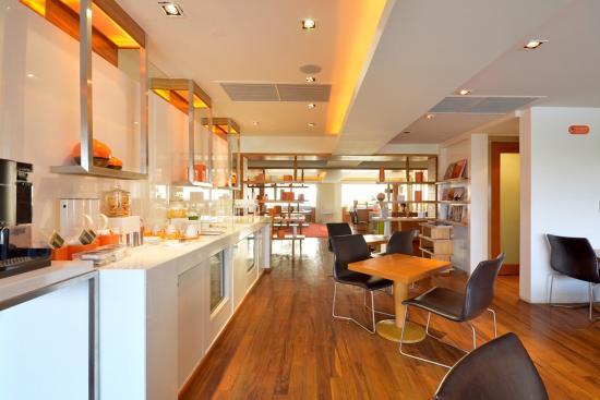 Dusit D2 Chiang Mai: club lounge