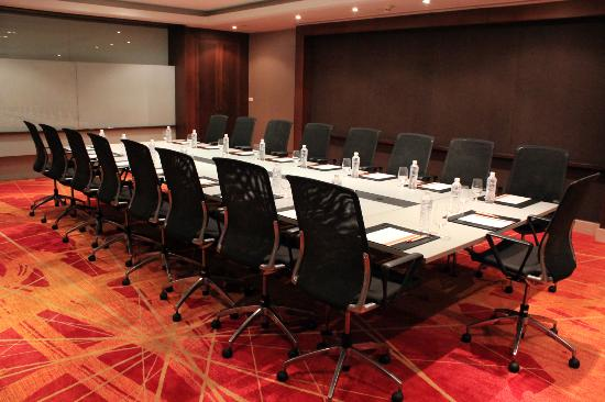 Dusit D2 Chiang Mai: S-meeting room