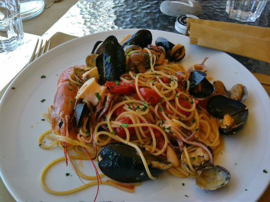 Spaghetti allo scoglio picture of bagni medusa genoa tripadvisor