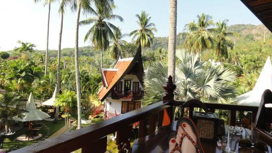 Coco Palace Resort: Terasse