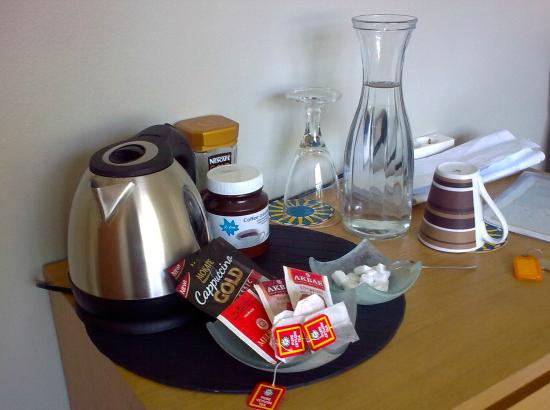A. Bernhard Bed and Breakfast: Tea and coffee making equipment