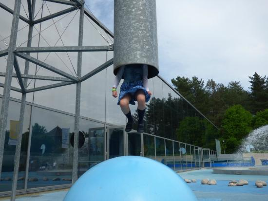 Herentals, Belgia: My daughter swallowed by the huge suction power (just kidding)