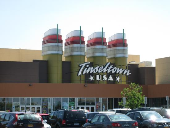 ‪Cinemark Tinseltown USA and IMAX‬