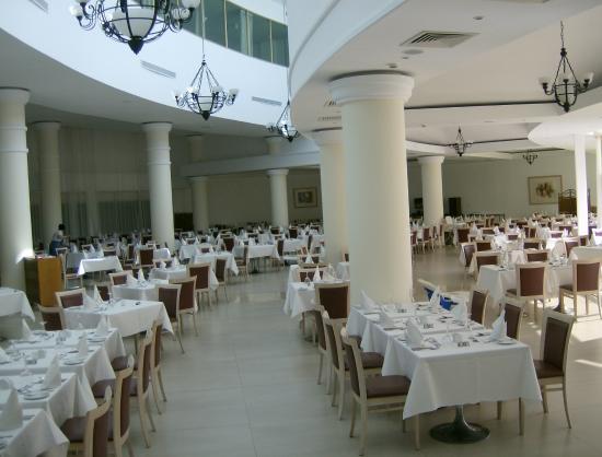 Louis Imperial Beach: Main Dining Room
