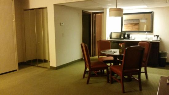 Country Inn & Suites By Carlson, Traverse City: Queen Jacuzzi Suite