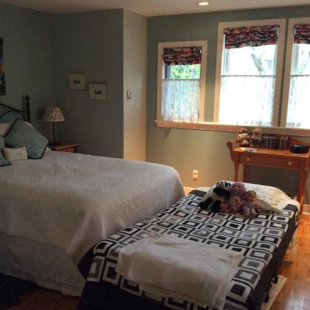 Shirley Samantha's Bed & Breakfast: A comfortable night's sleep