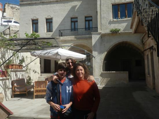 Karadut Cave Hotel: Hotel Karadut - Entrada