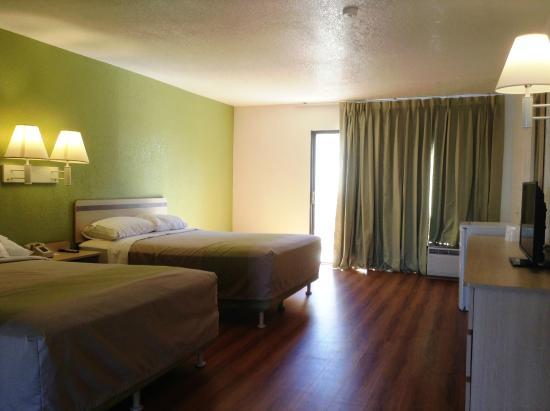 Motel 6 Hemet: Guest Room