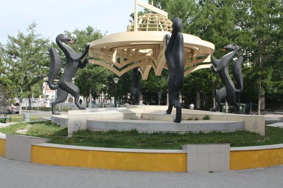 Памятник в новосибирске сибирские просторы цены на памятники спб ульяновск