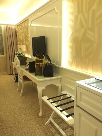 Riviera Hotel : photo1.jpg