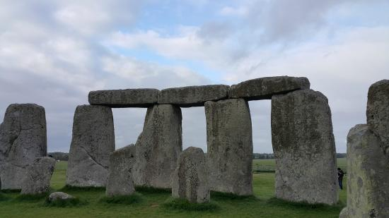 British Tours - Day Tours from London: Stonehenge - inner circle!